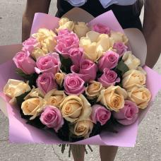 Нежный букет Российских роз