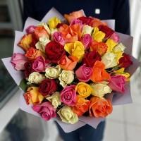 Недорогой букет из 51 розы