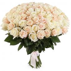 Розы  персиковые Россия